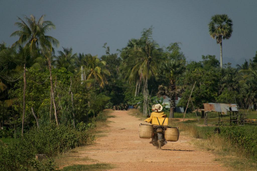 Sur la piste entre Kampot et Kep