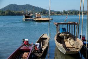 Ferry du Mékong
